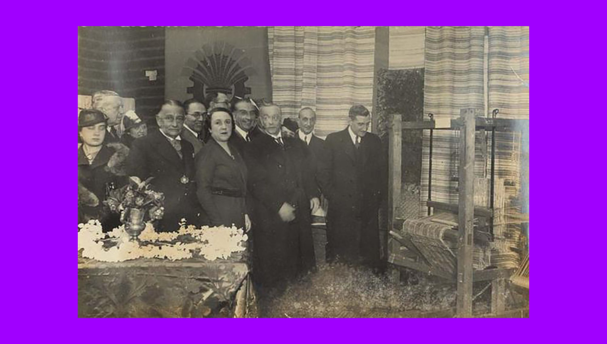 Maria Lamas in 1930 in the opening of the exhibition Women's Work. President Óscar Carmona (third from the right) and Salazar (first from the right) attended the opening.